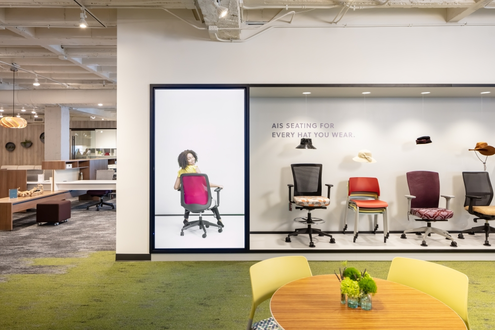 Preview of 2019 NeoCon Showroom Shots, Seating