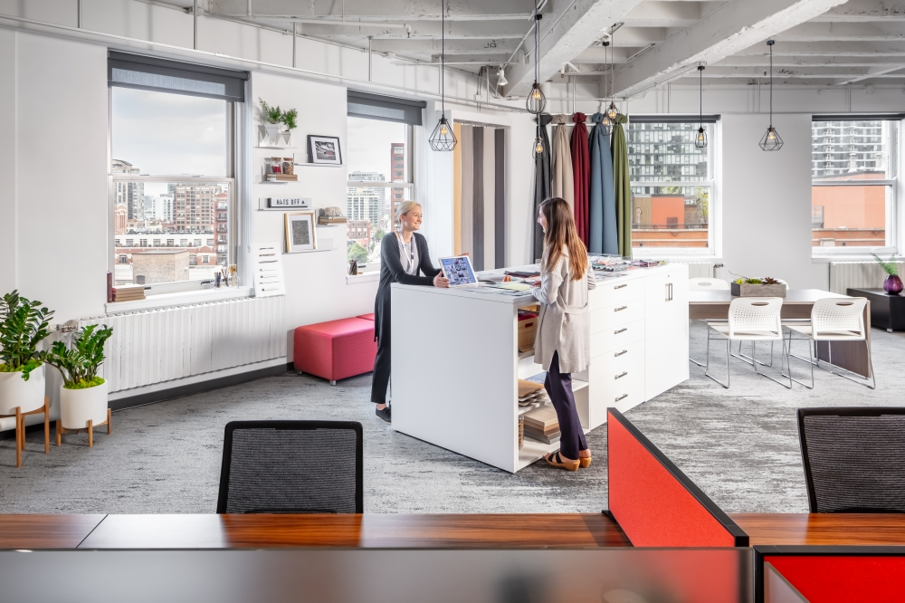 Preview of 2019 NeoCon Showroom Shots, CMF with people