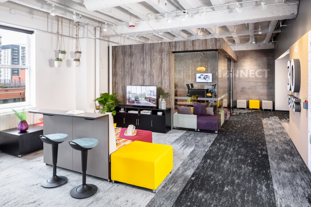 Preview of 2019 NeoCon Showroom Shots LB Lounge 2
