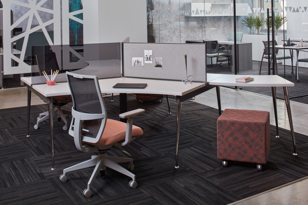 Preview of Oxygen 120 Degree Benching Workstation with Devens Seating