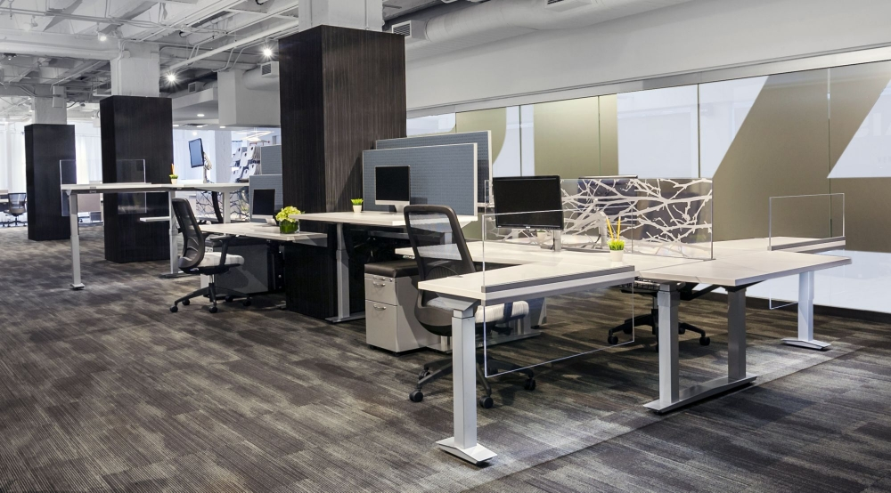 Preview of Aloft Workstation Mixed Heights