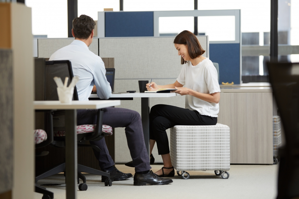 Preview of Volker Seating at Matrix Workstation