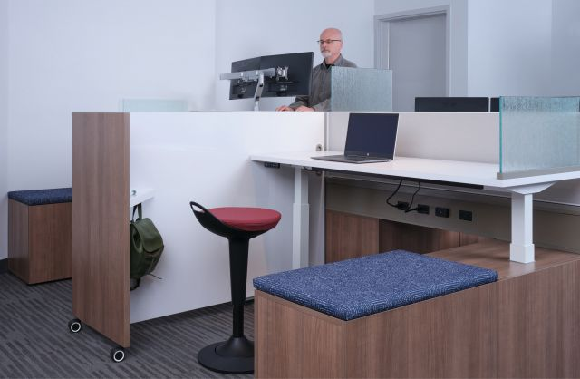 Day-to-Day PowerBeam with Calibrate Height Adjustable Tables in HAT Bases.  Shown with Rutland seating and tri-wheeled markerboard