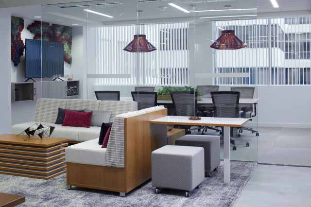 AIS Washington D.C. Showroom Lounge Space and Conference Room with LB Lounge, Volker Cubes, Upton Seating around Calibrate Conference Table