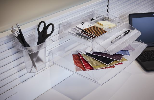 Paper Flow on Universal Workrail with Scissors Tray, Paper Tray and Accessories Tray