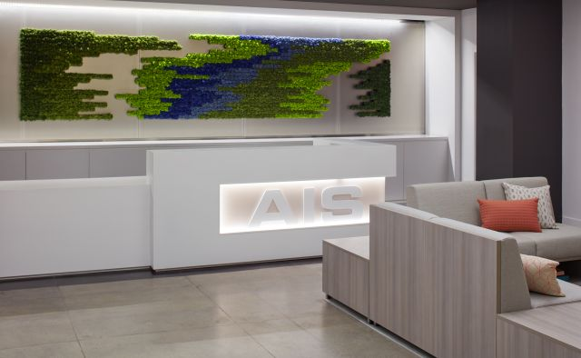 AIS New York Showroom Reception with LB Lounge Seating and Tables