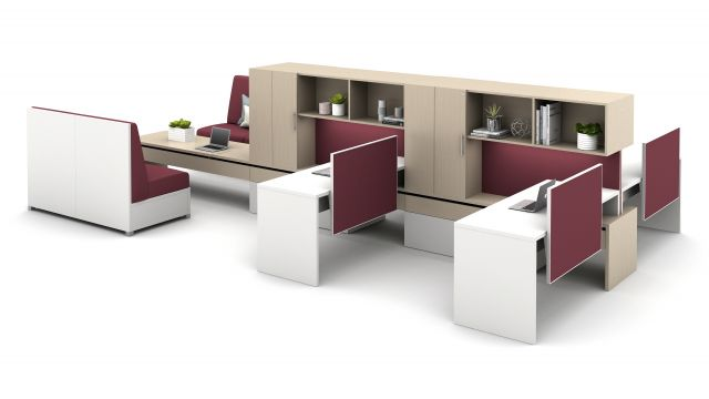 Calibrate Community with Cantilevered Overheads, Slimline Screens and LB Lounge for Collaboration