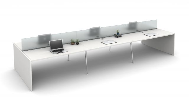 """Oxygen with 12"""" Railmounted Frosted Glass Screens"""