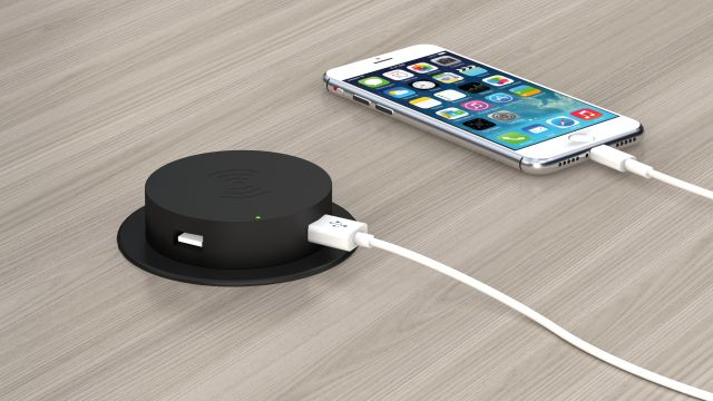 Wireless Charging Dock 150