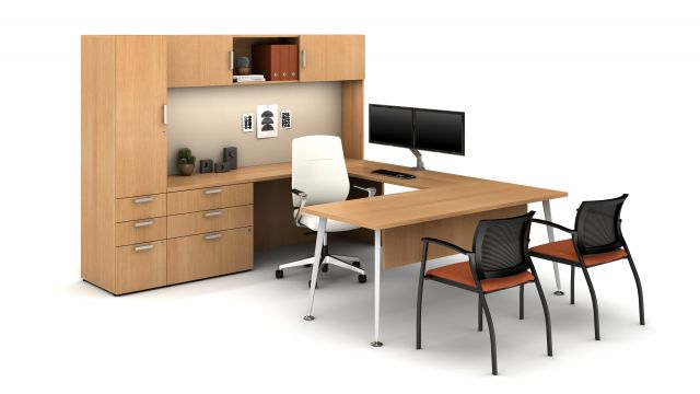 Laminate Spotlight: Recon Oak on Calibrate Series Casegoods Private Office with Auburn Executive Seating, Grafton Side Seating
