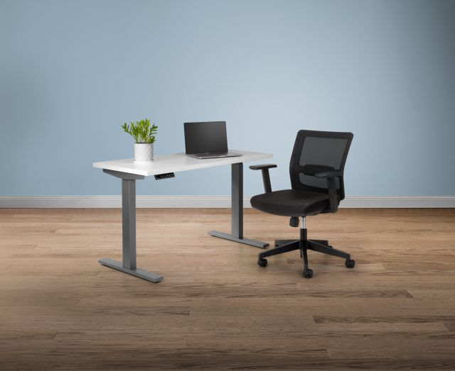 Revere Task Seating with Day-to-Day Height Adjustable Table