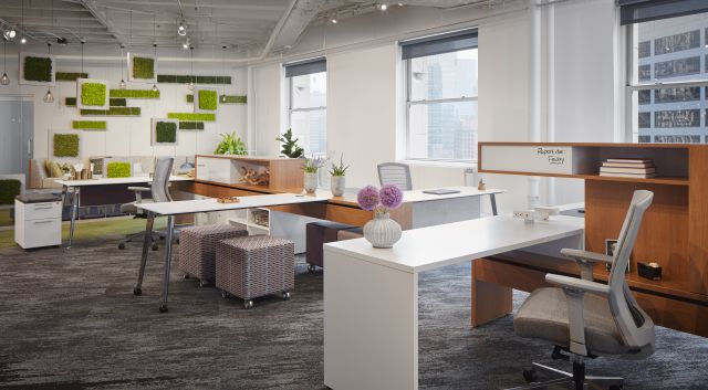 NeoCon 18 Chicago Showroom, Calibrate Community with Natick Seating and Volker Cubes