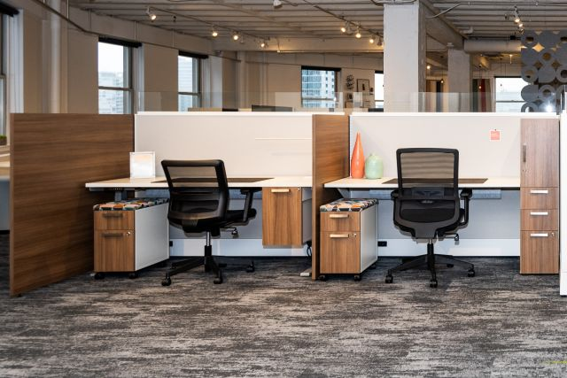 NeoCon 2021 Divi Linear with Gallery Panels and Calibrate Storage, including hanging pedestal storage. Shown with Essex and Revere seating.