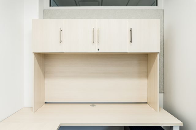 Calibrate Storage Freestanding Hutch Client Space