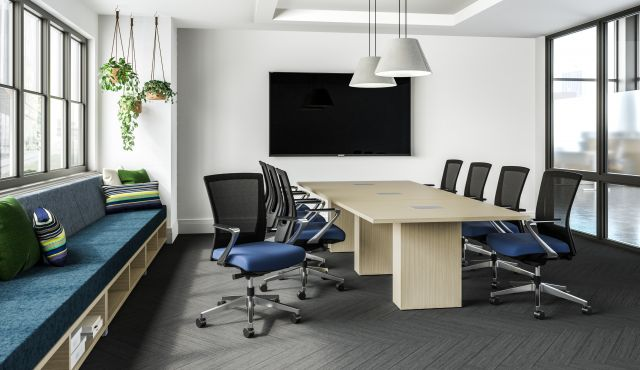 Upton with Fixed Arm with a Calibrate Conference Table