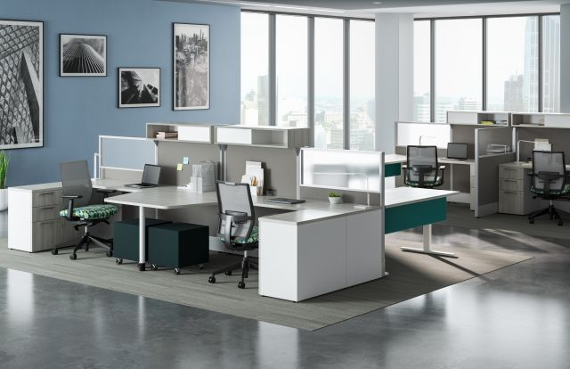 Divi Linear Open Plan Panel System with linear trim and keytop worksurface, Calibrate storage, and Devens Task Seating