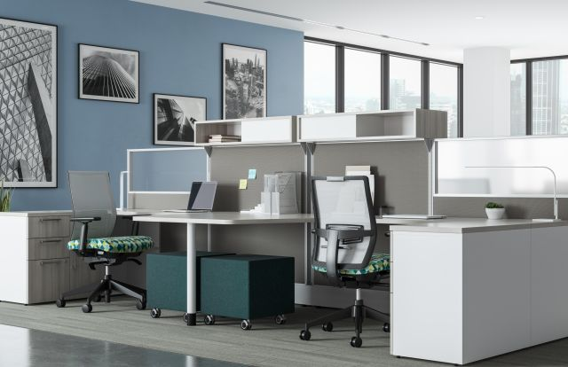 Divi Linear Open Plan Workstations with linear trim, keytop worksurface, Lim Light, with Devens Task Seating