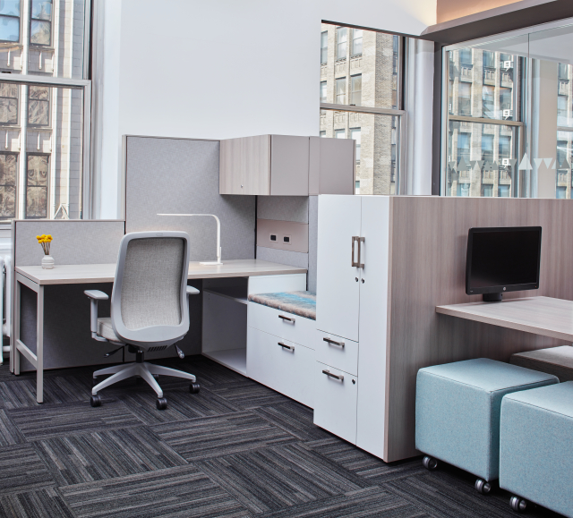 Matrix open plan panel system workstation with Calibrate Storage and Volker Cubes in the NYC Showroom