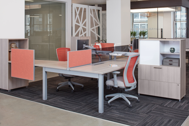 Oxygen Benching with upmount and side mounted screens, Natick task seating, and Calibrate Series Storage